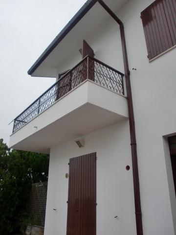 Soluzione Indipendente in vendita a Ancona, 15 locali, zona Zona: Montesicuro, prezzo € 549.000   CambioCasa.it