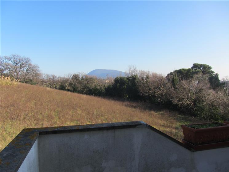 Villa, Montacuto, Ancona, abitabile