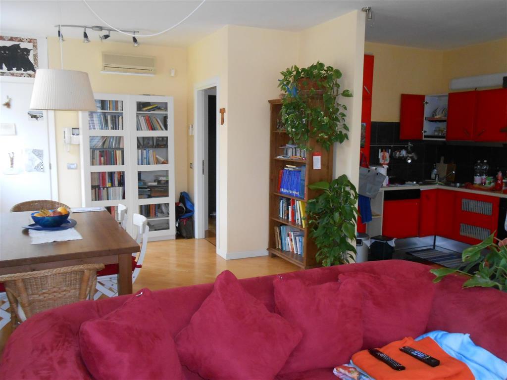 Appartamento indipendente, Roncaglia, Ponte San Nicolo', in ottime condizioni