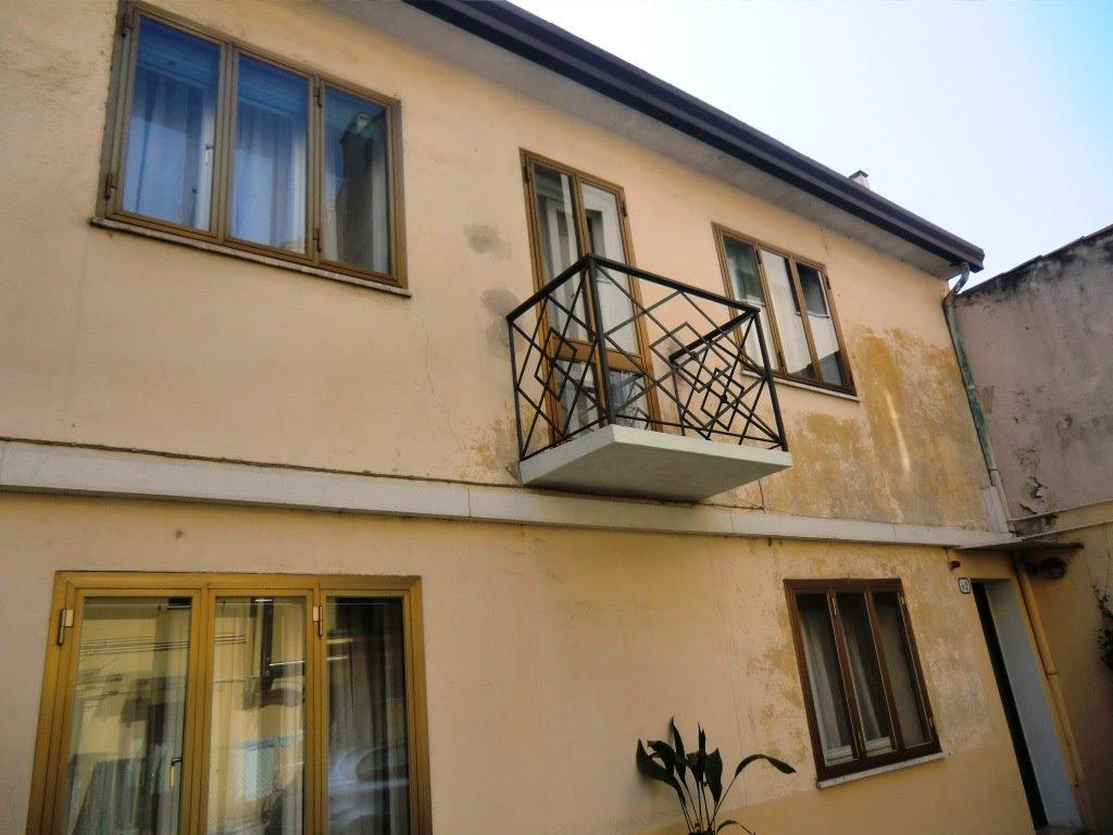 Soluzione Indipendente in affitto a Padova, 2 locali, zona Zona: 1 . Centro, prezzo € 750 | Cambio Casa.it