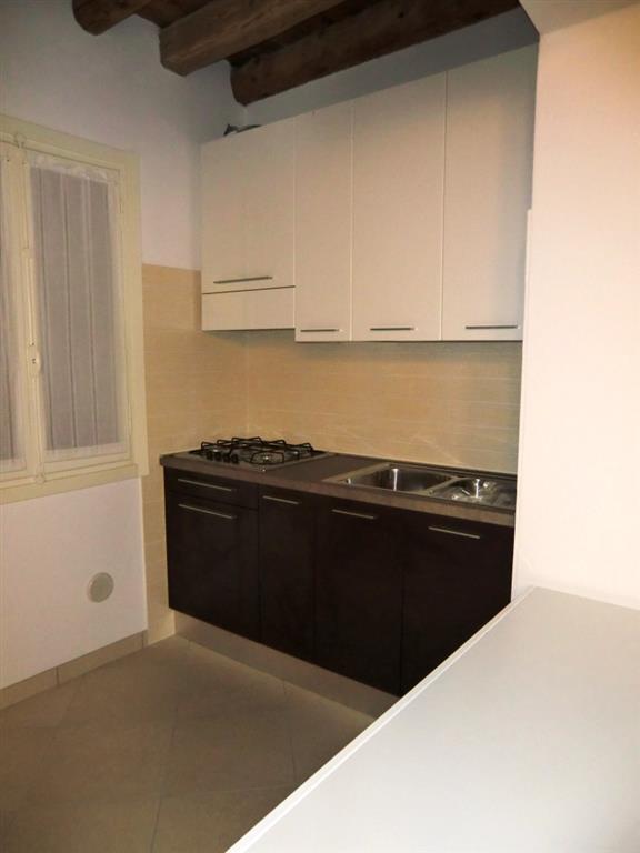 Soluzione Indipendente in affitto a Padova, 3 locali, zona Zona: 1 . Centro, prezzo € 600 | Cambio Casa.it