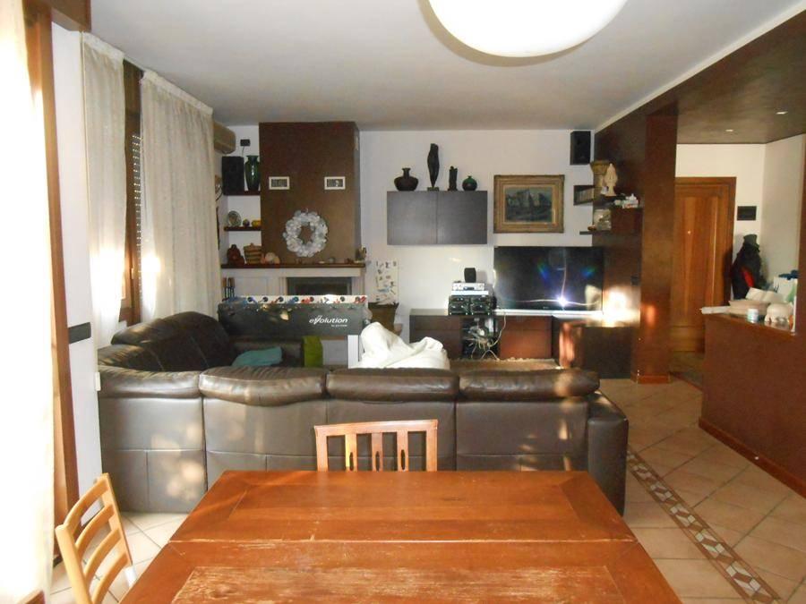 Appartamento in vendita a Padova, 5 locali, zona Zona: 4 . Sud-Est (S.Croce-S. Osvaldo, Bassanello-Voltabarozzo), prezzo € 330.000 | Cambio Casa.it