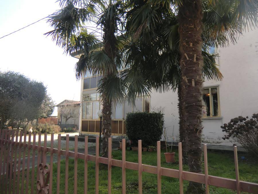 Soluzione Indipendente in vendita a Casalserugo, 7 locali, prezzo € 195.000   CambioCasa.it