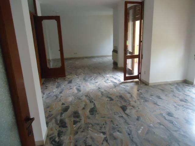Appartamento in vendita a Padova, 5 locali, zona Zona: 4 . Sud-Est (S.Croce-S. Osvaldo, Bassanello-Voltabarozzo), prezzo € 295.000 | Cambio Casa.it