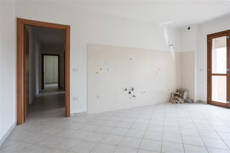 Appartamento in vendita a Cento, 3 locali, prezzo € 125.000 | Cambio Casa.it
