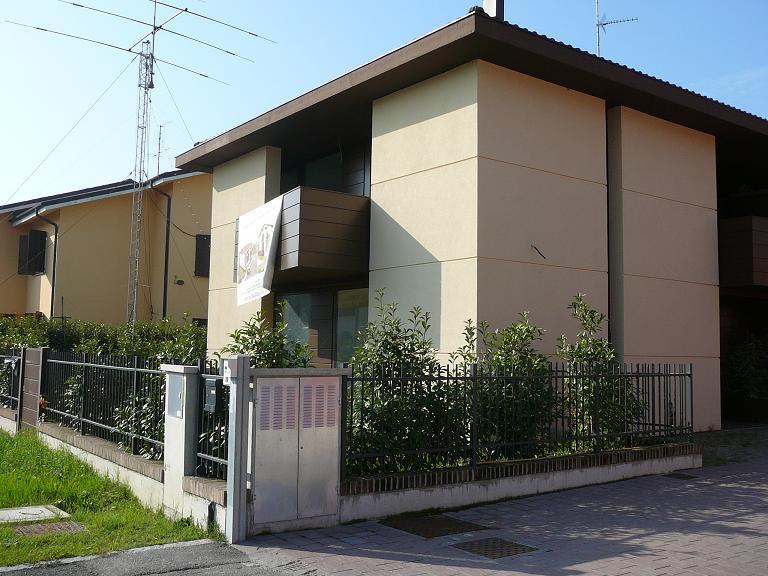 Villa bifamiliare a , BENTIVOGLIO