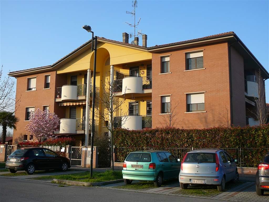 Appartamento in vendita a Castello d'Argile, 3 locali, prezzo € 126.000 | Cambio Casa.it