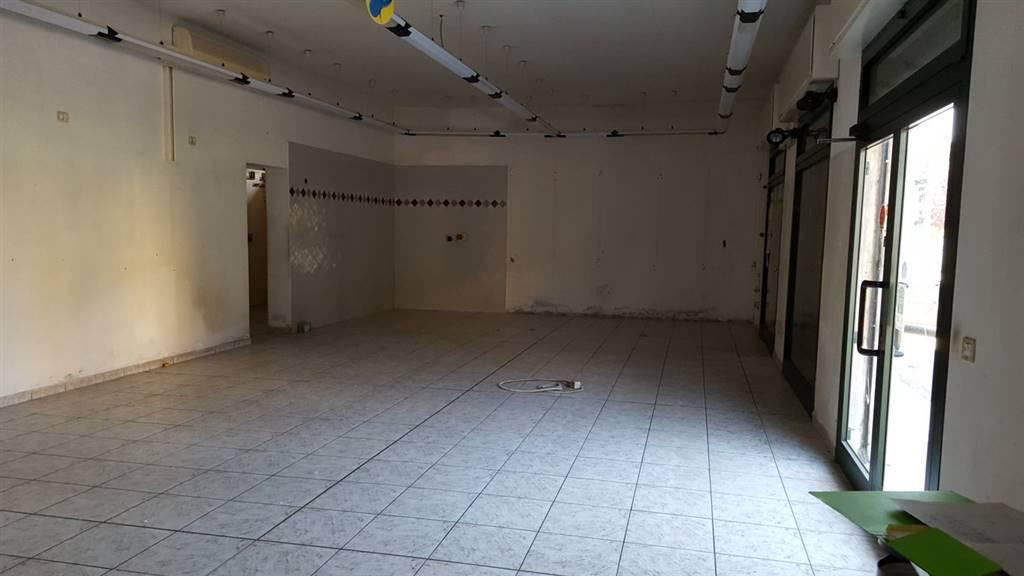 Negozio / Locale in affitto a Castello d'Argile, 9999 locali, zona Località: MASCARINO-VENEZZANO, prezzo € 650 | Cambio Casa.it