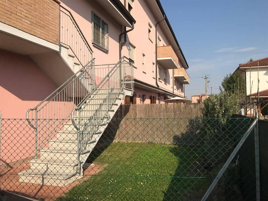 Appartamento indipendente a , CENTO