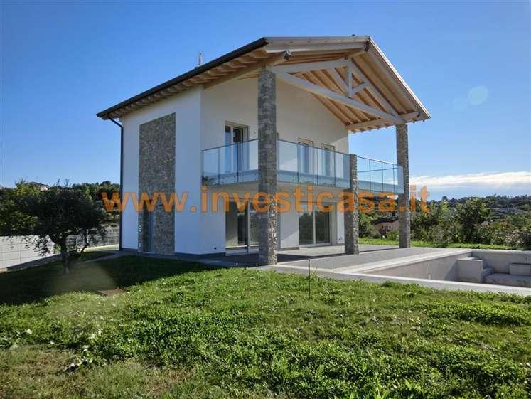 Villa in vendita a Lazise, 8 locali, prezzo € 870.000 | Cambio Casa.it