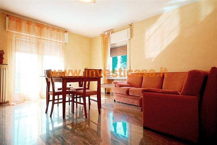 Appartamento in vendita a Rivoli Veronese, 4 locali, prezzo € 119.000 | Cambio Casa.it