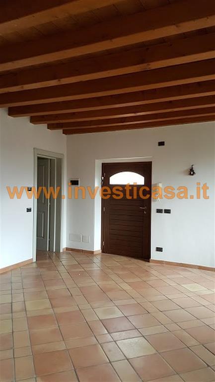 Appartamento in vendita a Cavaion Veronese, 4 locali, prezzo € 245.000 | Cambio Casa.it