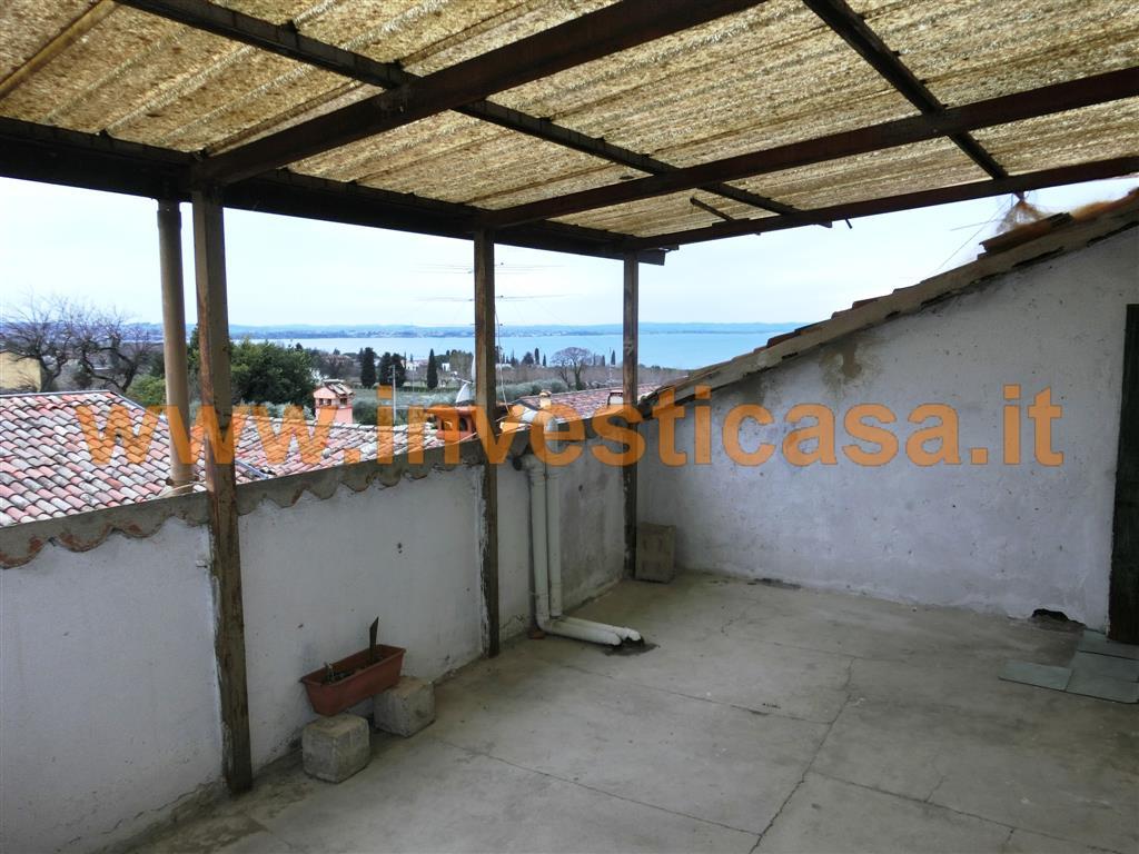Appartamento in vendita a Lazise, 3 locali, zona Località: PACENGO DI LAZISE, prezzo € 139.000 | Cambio Casa.it
