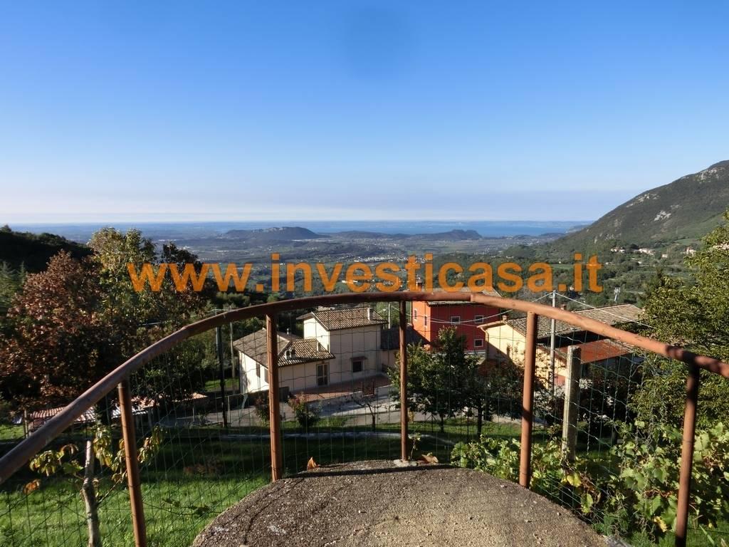 Villa in vendita a Caprino Veronese, 10 locali, prezzo € 650.000 | Cambio Casa.it
