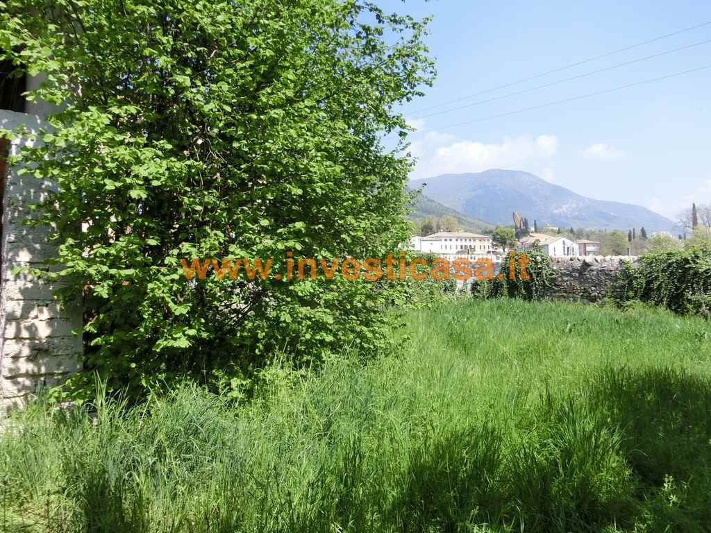 Rustico / Casale in vendita a Caprino Veronese, 5 locali, zona Zona: Pesina, Trattative riservate | Cambio Casa.it