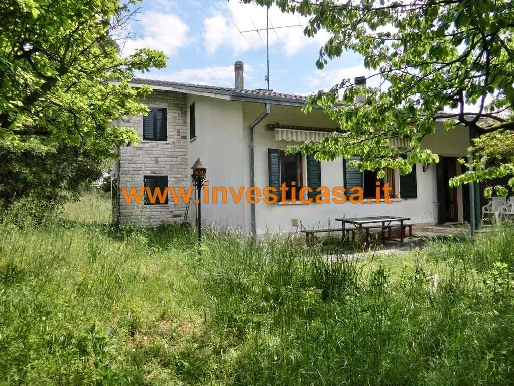 Villa in vendita a Lazise, 9 locali, prezzo € 378.000 | Cambio Casa.it