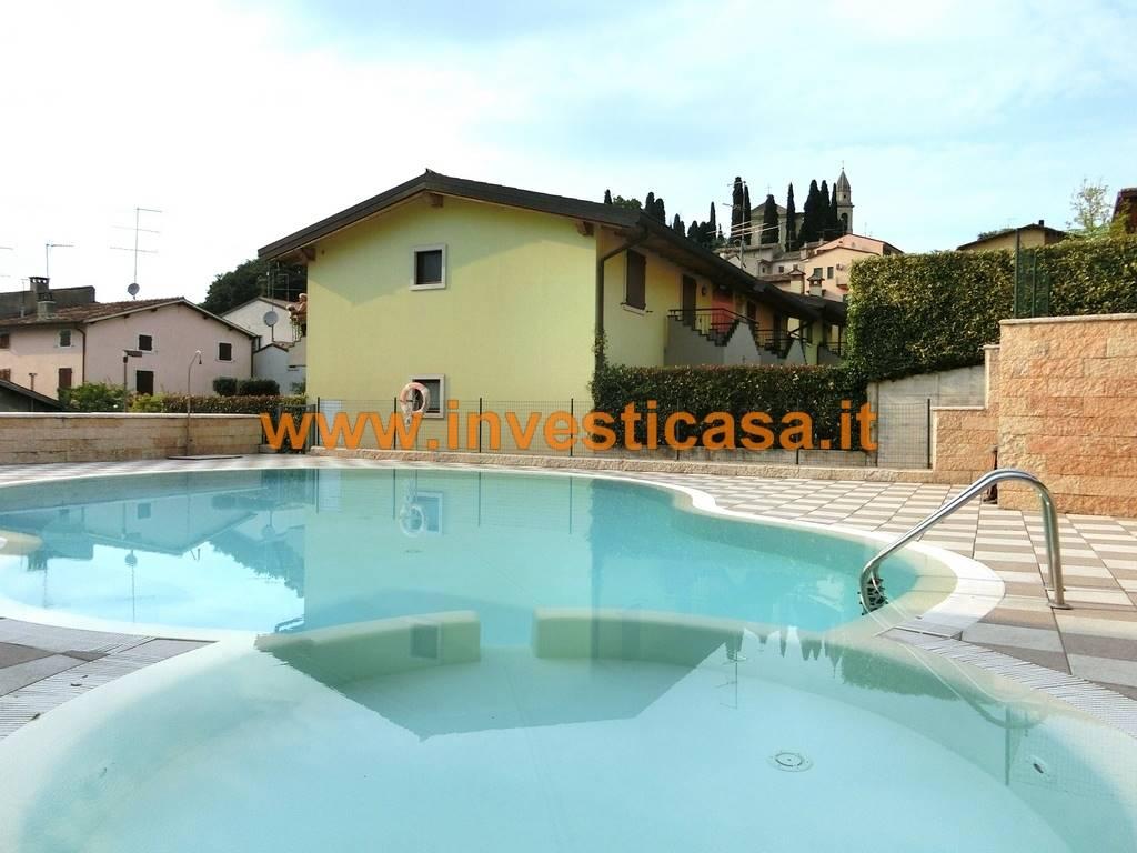 Appartamento in affitto a Lazise, 3 locali, zona Località: COLÀ, prezzo € 550 | Cambio Casa.it
