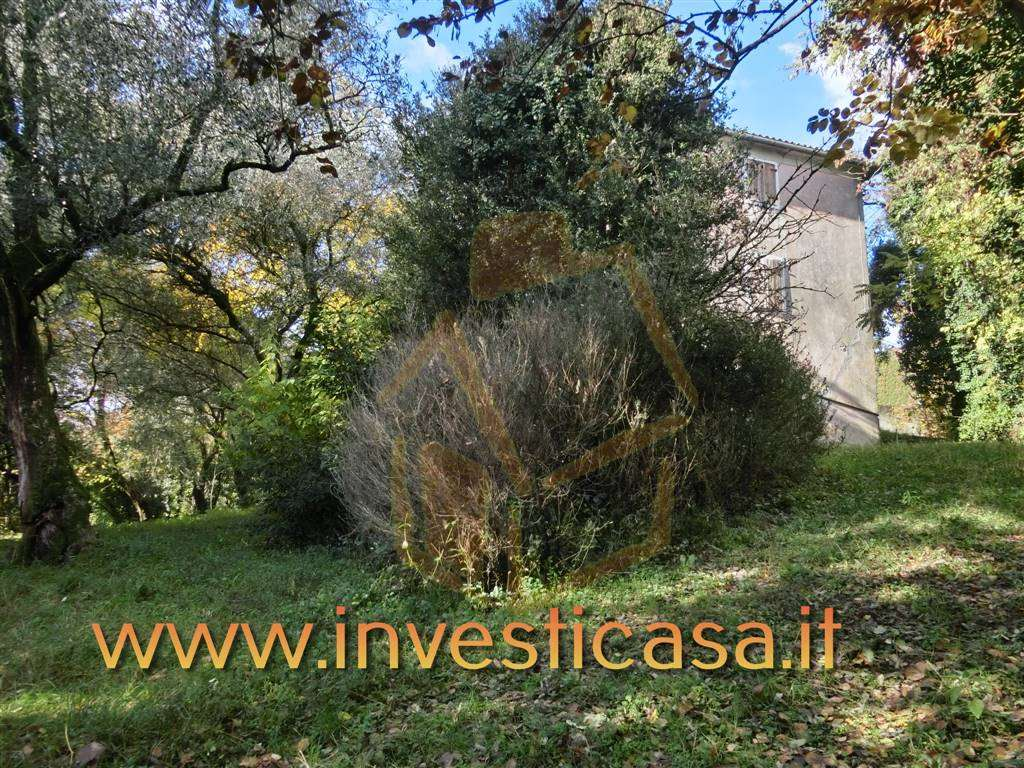 Rustico / Casale in vendita a Caprino Veronese, 5 locali, zona Zona: Pesina, prezzo € 195.000 | Cambio Casa.it