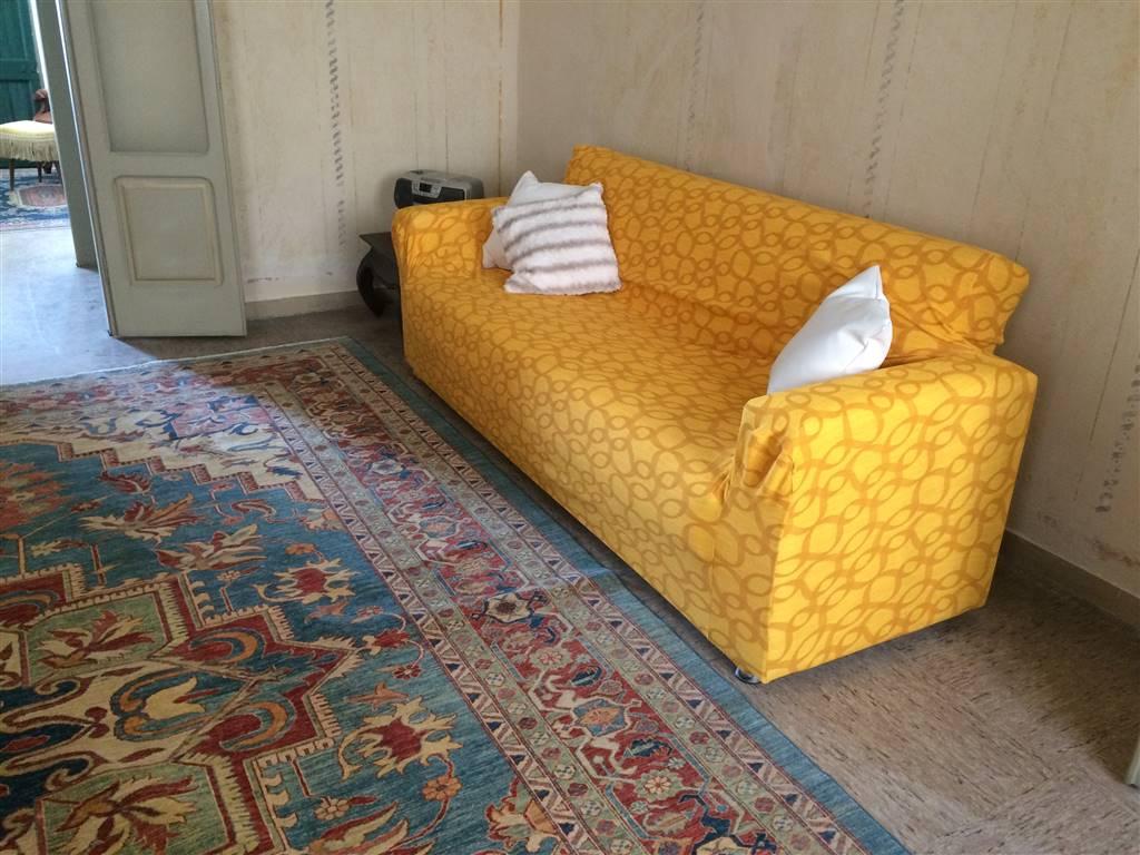 Appartamento in affitto a Lazise, 5 locali, prezzo € 8.000 | Cambio Casa.it