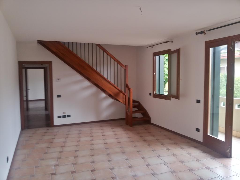 Appartamento in affitto a Scorzè, 4 locali, prezzo € 600 | Cambio Casa.it
