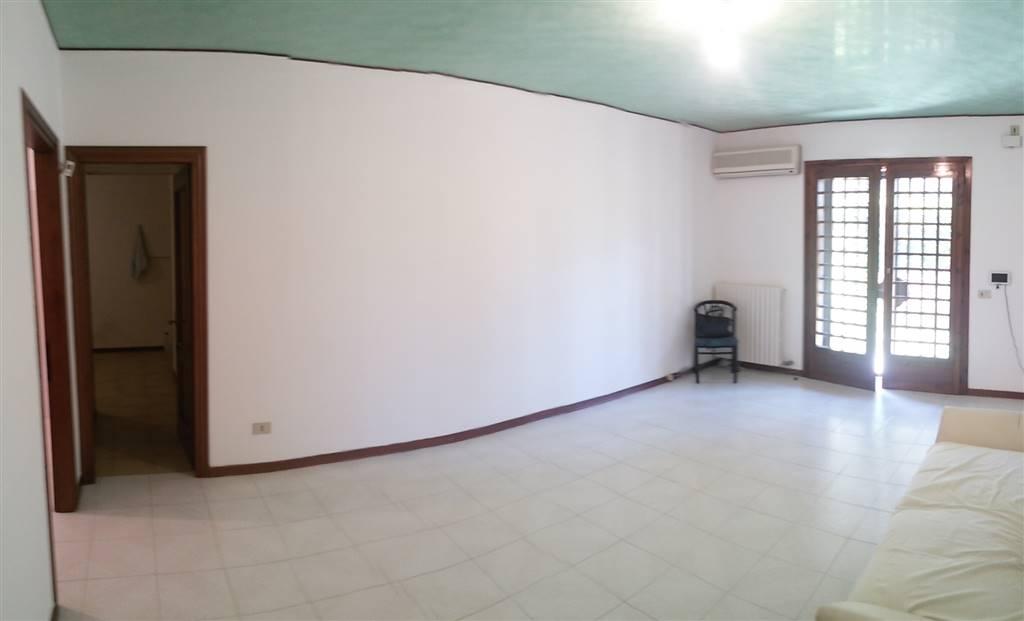 Soluzione Indipendente in vendita a Spinea, 5 locali, zona Località: FORNASE, prezzo € 165.000 | Cambio Casa.it