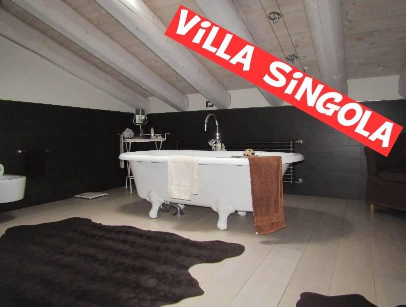 Villa in vendita a Salzano, 6 locali, zona Località: CÀ BOZZA, prezzo € 458.000 | Cambio Casa.it