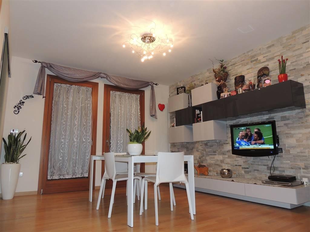 Appartamento in vendita a Scorzè, 4 locali, prezzo € 160.000 | Cambio Casa.it