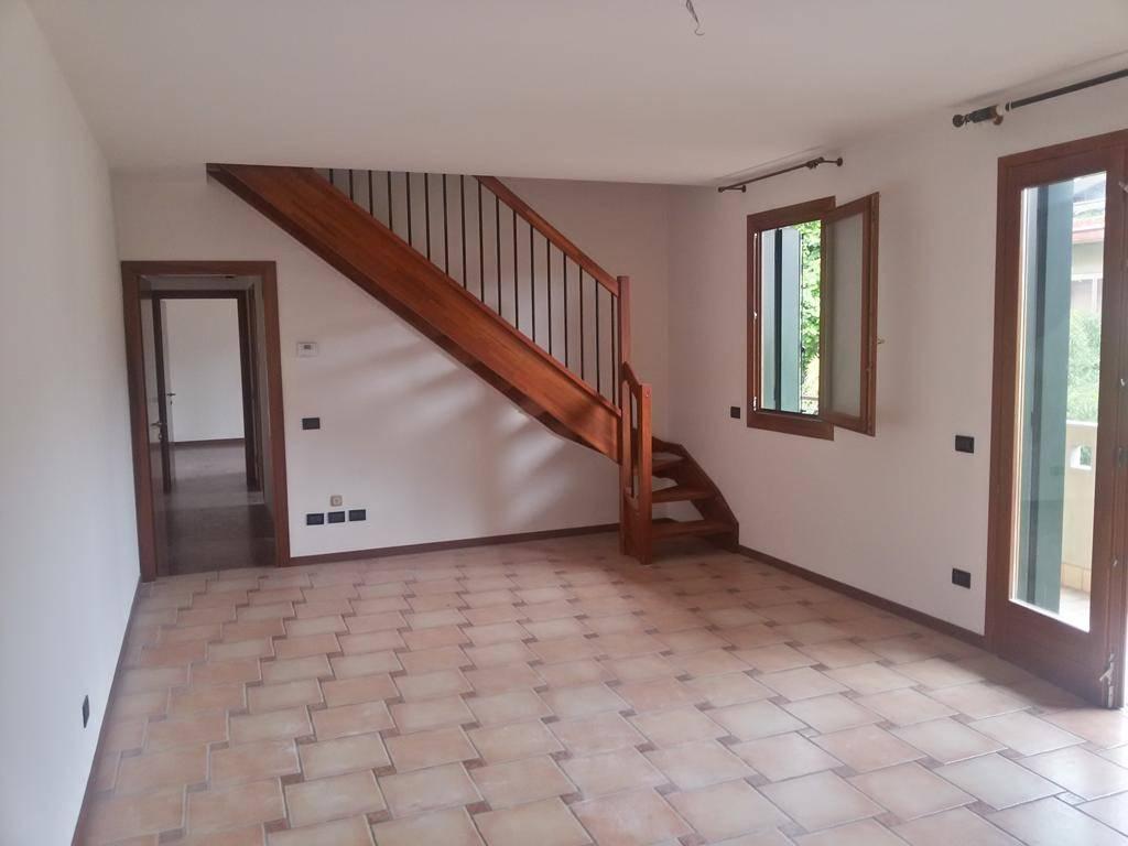 Appartamento in vendita a Scorzè, 4 locali, prezzo € 165.000 | Cambio Casa.it