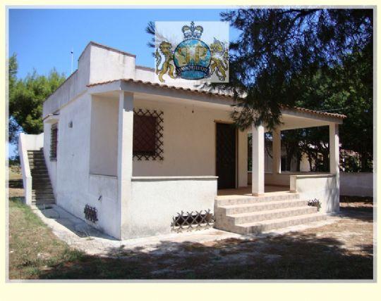 Villa in vendita a Carovigno, 4 locali, zona Località: TORRE GUACETO, prezzo € 149.000 | Cambio Casa.it