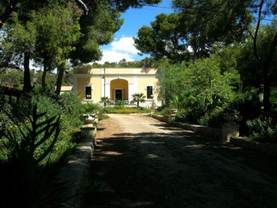 Attività / Licenza in vendita a Gallipoli, 9999 locali, prezzo € 1 | Cambio Casa.it