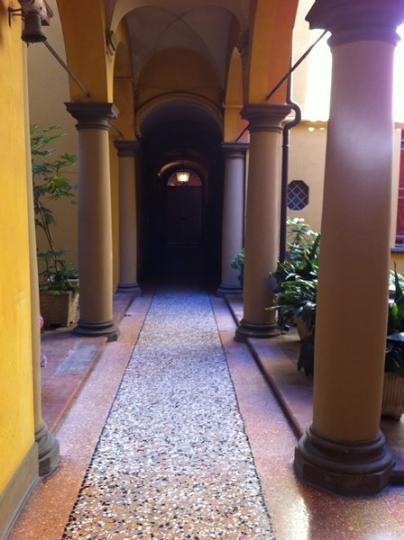 Appartamento in Via Nosadella, Centro Storico, Bologna