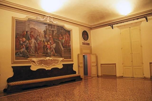 Appartamento in Via Galliera, Centro Storico, Bologna