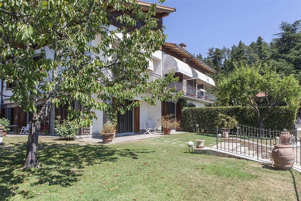 Villa bifamiliare a CALENZANO