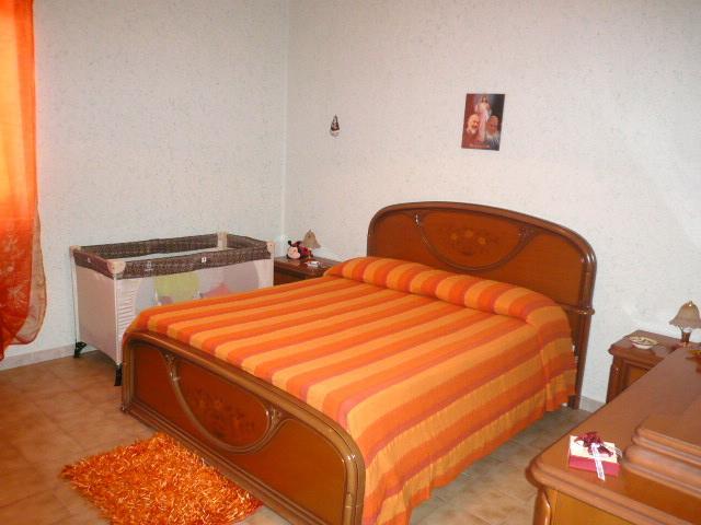 Appartamento in vendita a Campofelice di Roccella, 3 locali, prezzo € 70.000 | CambioCasa.it