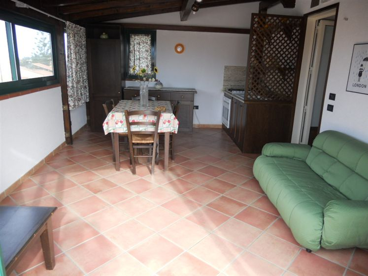 Appartamento in affitto a Lascari, 4 locali, prezzo € 550 | Cambio Casa.it