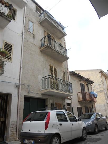 Soluzione Indipendente in vendita a Lascari, 4 locali, prezzo € 95.000 | CambioCasa.it