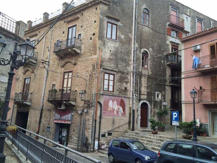 Appartamento in vendita a Caccamo, 10 locali, Trattative riservate | CambioCasa.it