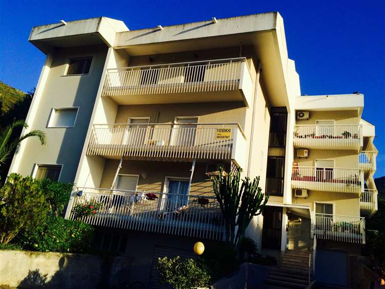 Appartamento in vendita a Cefalù, 4 locali, prezzo € 280.000 | Cambio Casa.it