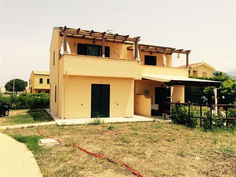 Villa a Schiera in vendita a Lascari, 3 locali, prezzo € 105.000 | Cambio Casa.it