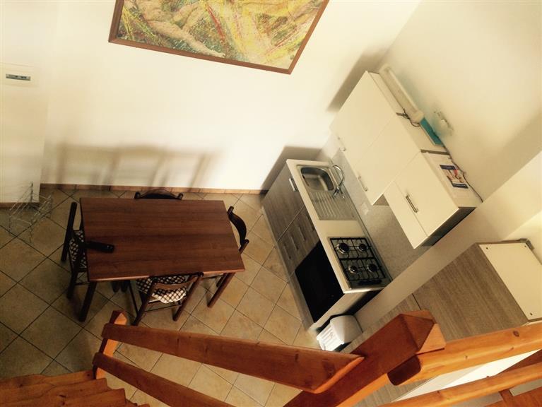Appartamento in affitto a Campofelice di Roccella, 2 locali, prezzo € 280 | Cambio Casa.it