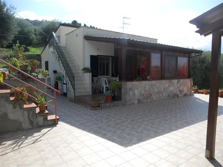 Villa in vendita a Lascari, 3 locali, prezzo € 175.000 | Cambio Casa.it