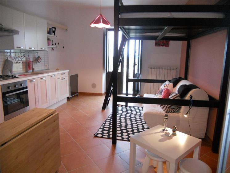 Appartamento in affitto a Lascari, 1 locali, Trattative riservate | CambioCasa.it
