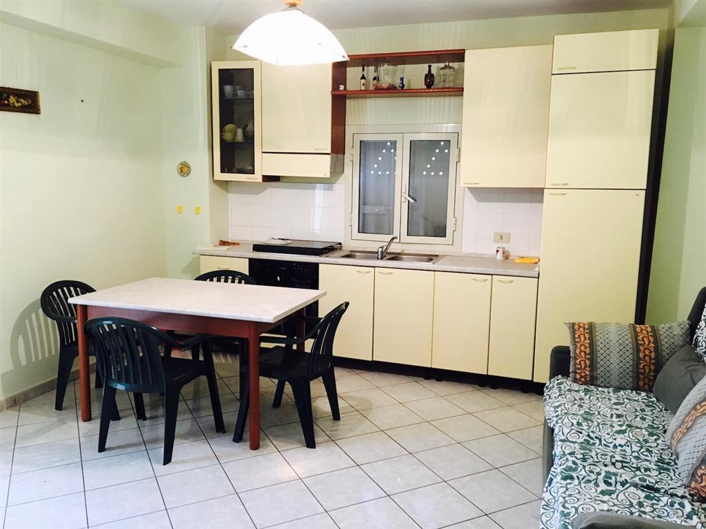 Appartamento in vendita a Campofelice di Roccella, 2 locali, prezzo € 55.000 | Cambio Casa.it
