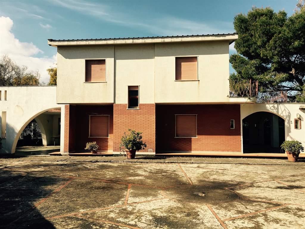 Villa in vendita a Campofelice di Roccella, 7 locali, Trattative riservate | Cambio Casa.it