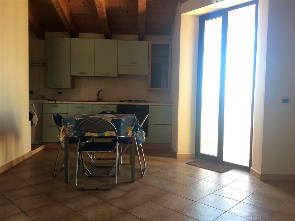 Appartamento in affitto a Campofelice di Roccella, 3 locali, prezzo € 380 | Cambio Casa.it
