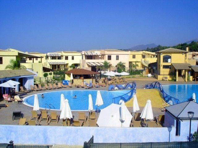 Villa in vendita a Campofelice di Roccella, 4 locali, prezzo € 145.000 | Cambio Casa.it