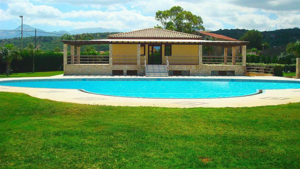 Villa in affitto a Campofelice di Roccella, 3 locali, prezzo € 360 | Cambio Casa.it