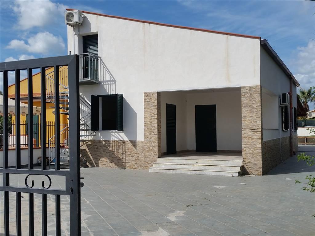 Villa in affitto a Campofelice di Roccella, 4 locali, prezzo € 500 | Cambio Casa.it