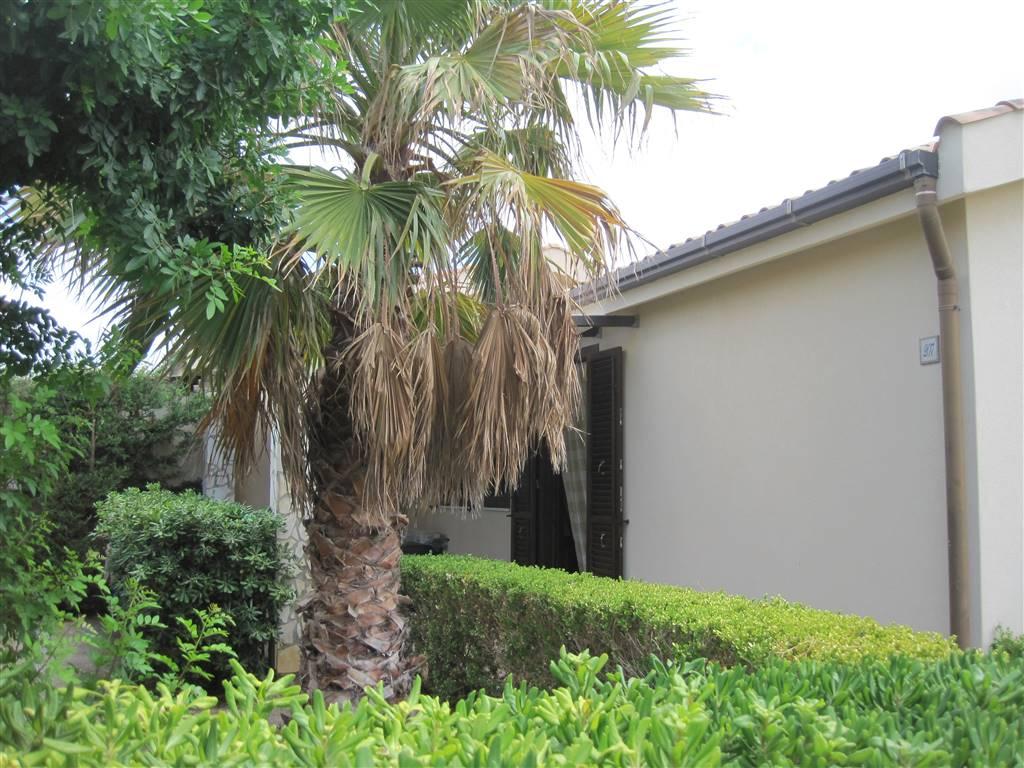 Villa in Affitto a Campofelice di Roccella