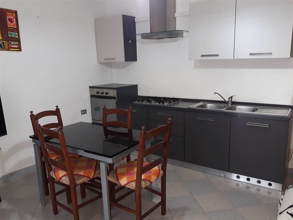 Appartamento in affitto a Lascari, 3 locali, prezzo € 350 | CambioCasa.it